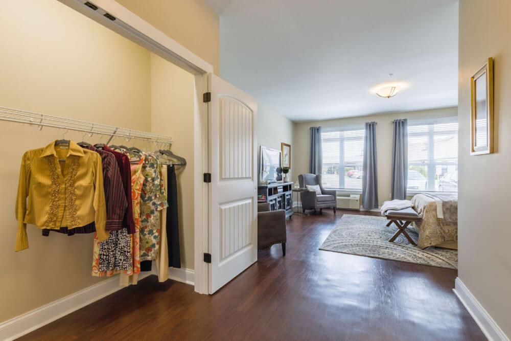 AL Cedar Suite 1B 436 Sq. Ft. Closet