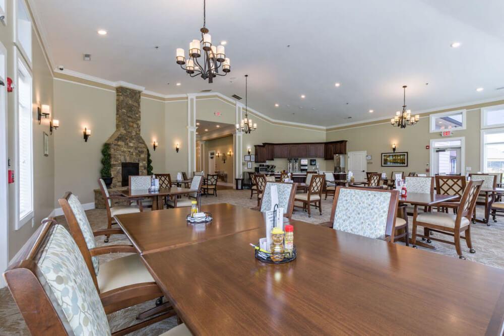 Sesations Dining Room (1)