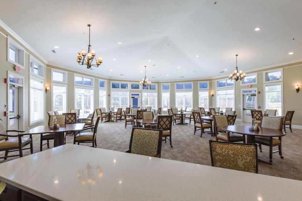 Sesations Dining Room (2)